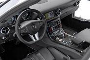 Mercedes-SLS-AMG-Gullwing-Safety-Car-14