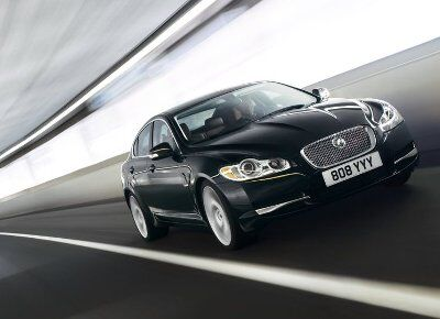 Jaguar-XF 2009 10small.jpg
