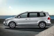 2011-VW-Sharan-MPV-4