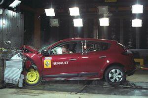 Renault-Megane-2009-31.jpg