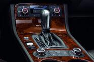 2011-Volkswagen-Touareg-14447