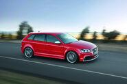 Audi-RS3-Sportback-24