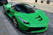 Green-Ferrari-LaFerrari-5