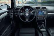 VW-Golf-VI-60