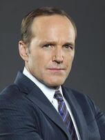 Phil Coulson Staffel 1 Bild 1.jpg