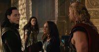 Thor-the-Dark-World-Jane-Slaps-Loki