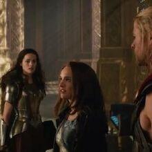Thor-the-Dark-World-Jane-Slaps-Loki.jpg