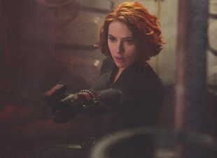 Avengers-age-of-ultron-black-widow-02-e1422377593638