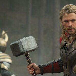 Thor Hemsworth.jpg