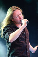Timo Kotipelto - Ilosaarirock 2009 1