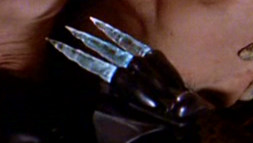 Gloveknife.png