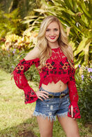 Leah (Bachelor in Paradise 3)