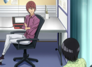 Toru rozmawia z Kosugim