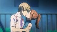 Pocałunek Kayi i Akito