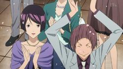 Iwase i Eiji na ślubie Hiramaru.png
