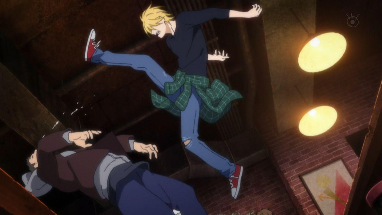 Ash kicks a thug in mid-air.jpg