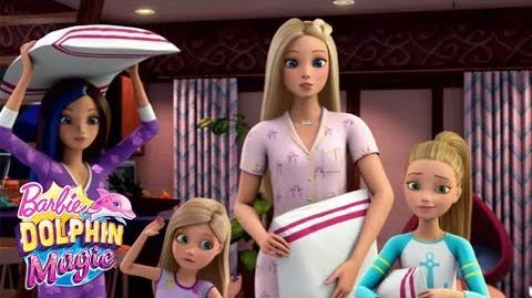 Sleepover Barbie™ Dolphin Magic