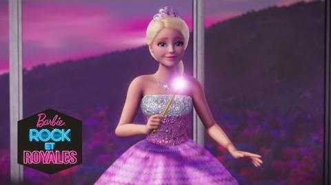 La tenue de Courtney au Camp Pop Barbie