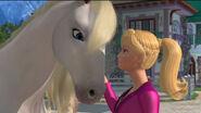 Photo-Barbie-et-ses-soeurs-au-club-hippique-Barbie-Her-Sisters-In-A-Pony-Tale-2013-3