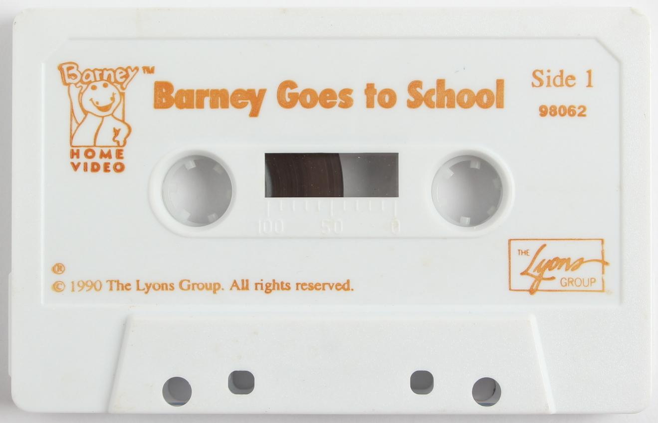 Barney Goes to School (Audio Cassette)