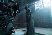 JL Batman behind the scene