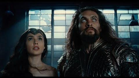 Liga de la Justicia - Trailer Héroes
