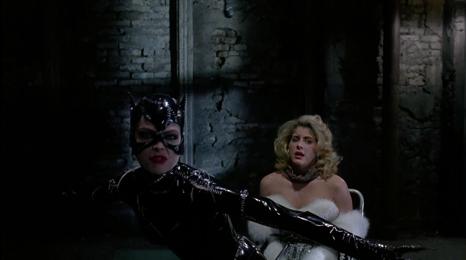Batman-returns-disneyscreencaps.com-8838.jpg
