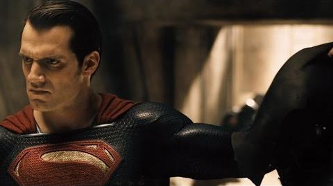 Batman v Superman - Adelanto