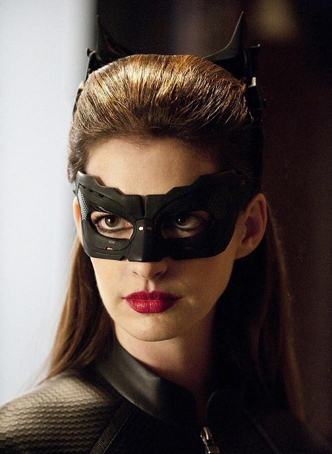 The Cat The Dark Knight Rises Batman Wiki Fandom