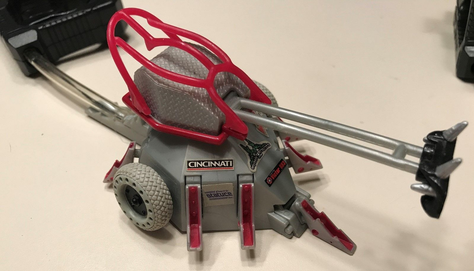 Tazbot/Grip N' Grappler