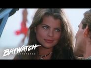 CAROLINE HOLDEN'S FIRST EVER SCENE On Baywatch (Yasmine Bleeth)