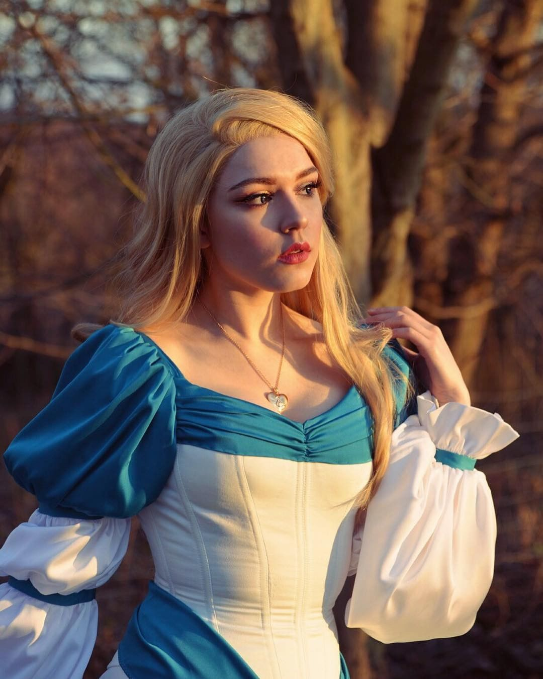 "CosplayBuzz on Instagram: ""Gorgeous princess cosplay by our love @anastasia_lion 💖 with using #cosplaybuzz wavy mixed blonde lace front wig LF323 💖 Click to…"""