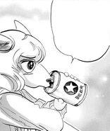 Seven tomando cerveza (Manga)
