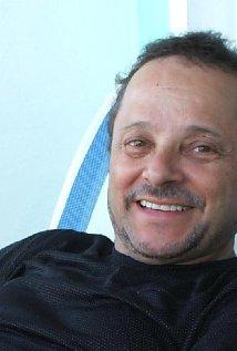 Larry Jacobs