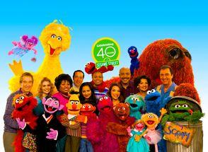 Season 40 Cast.jpg
