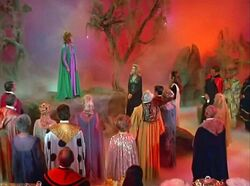 Witches' Convention 7×07.jpg
