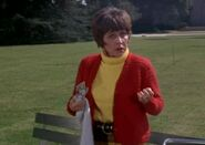 Lady in Park Exasperated 3×15