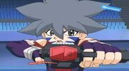 Beyblade V-Force - Tyson vs Kai 23190