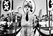 Dyktator - Charlie Chaplin
