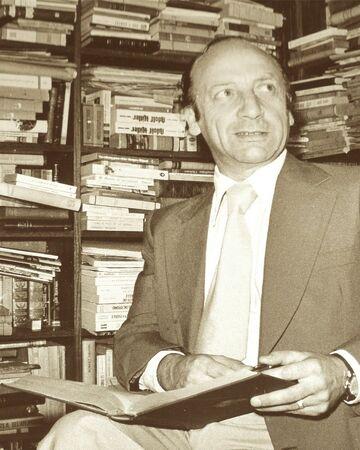 Alfonso Calderón S.jpg