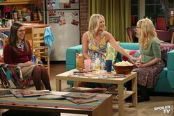 S6EP05 - the girls together.jpg