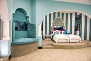 AU11 Blue Bedroom