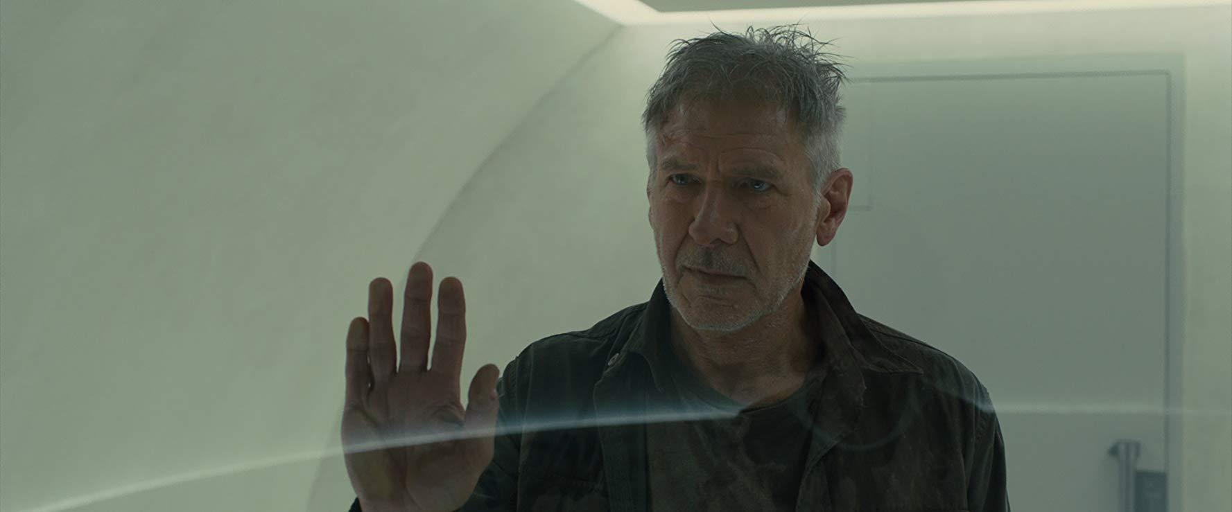 Deckard sees Ana.jpg