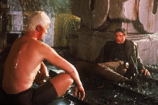 Roy talking to Deckard.jpg