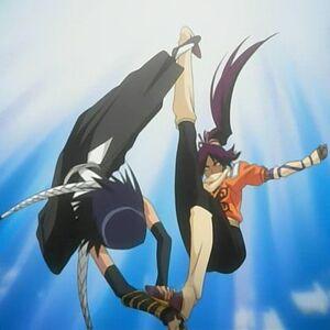 Soi Fong vs Yoruichi.jpg