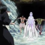 Sode no Shirayuki protects Rukia from Toju pair.png