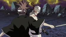 Renji intenta atacar a Kokuto