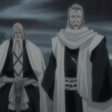 Ginrei and yamamoto prepare to seal away koga.png