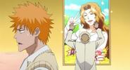 Jh Ichigo zażenowany cyrkami Isshina pod plakatem Masaki