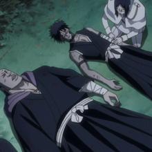 Uryu Heals The Shinigami.png